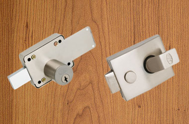 Main Door Locks/Latches